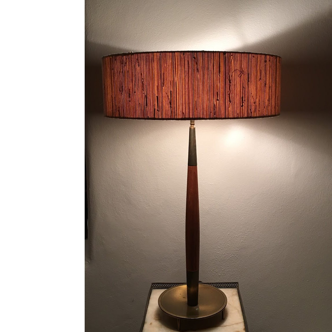 Pair of 1960 39 s table lamps by stiffel iconic nz design for Iconic design lamps